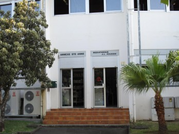 Bibliothèque de Saint-Anne