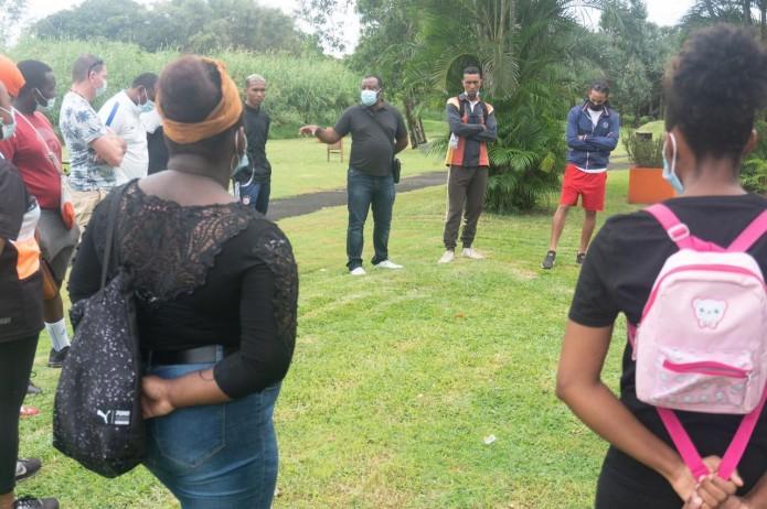 Course d'orientation au Ludo parc pour les jeunes du dispositif d'insertion « TAOIR, nou lé kapab ».