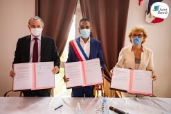 Signature de la convention triennale officialisant la labellisation de la Cité Éducative de Saint-Benoît
