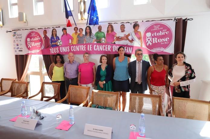 Octobre rose : c'est parti pour 1 mois de mobilisation contre le cancer du sein !
